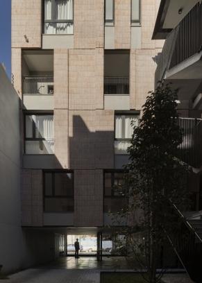 http://federicocairoli.com/files/gimgs/th-306_46_Edificio Olaguer - © Federico Cairoli (low).jpg