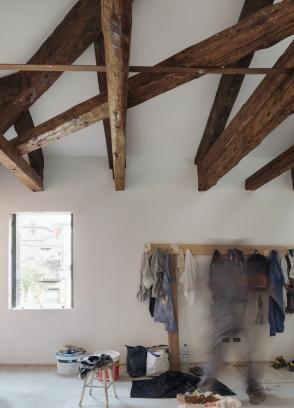 http://federicocairoli.com/files/gimgs/th-320_08_Apartamento Moreno- © Federico Cairoli (low).jpg