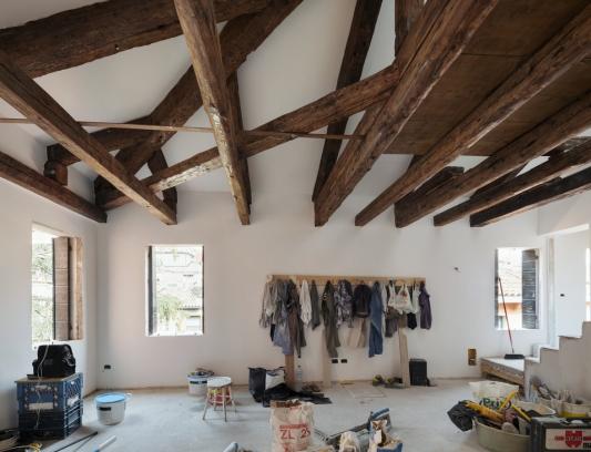 http://federicocairoli.com/files/gimgs/th-320_01_Apartamento Moreno- © Federico Cairoli (low).jpg