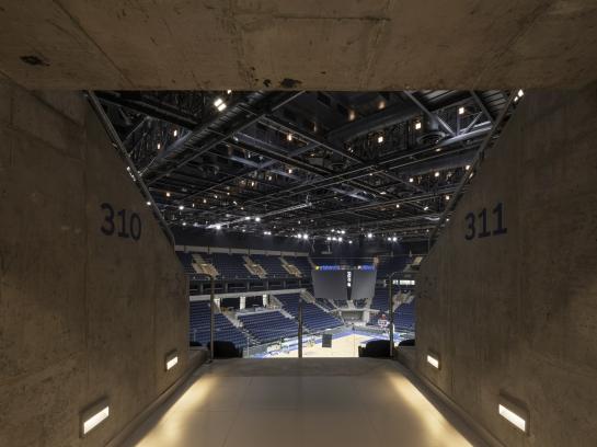 http://federicocairoli.com/files/gimgs/th-333_25_Antel Arena - © Federico Cairoli (low).jpg