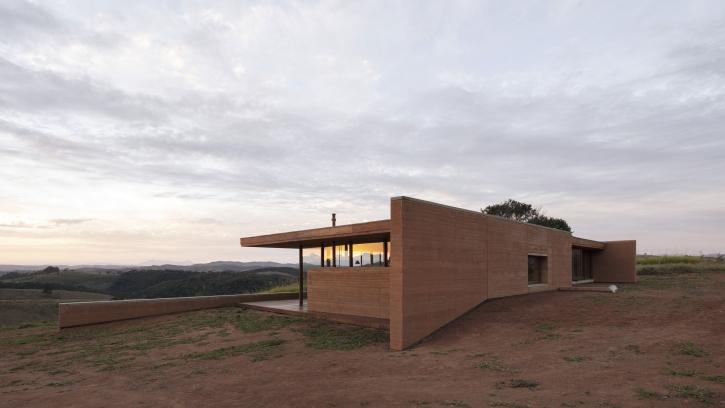 http://federicocairoli.com/files/gimgs/th-339_66_Casa em Cunha - © Federico Cairoli (low).jpg
