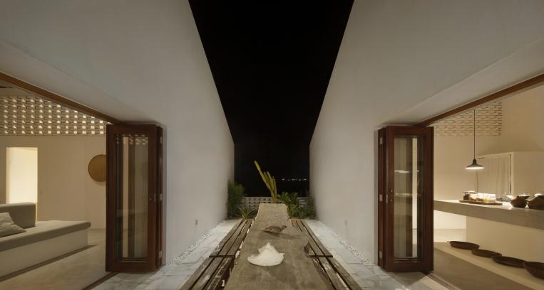 http://federicocairoli.com/files/gimgs/th-382_41_Casa Modico - © Federico Cairoli (low).jpg